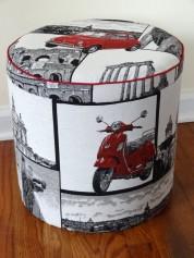La Dolce Vita, storage pouf with Vespa and Fiat